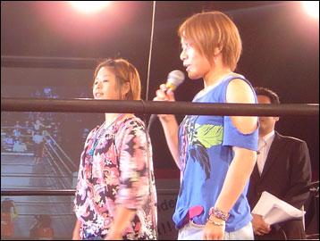 藤井惠さんと赤野仁美さん-1コマ